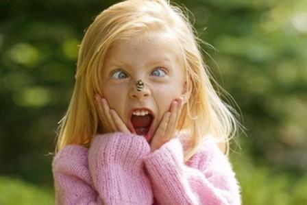 Ребенок-боится-насекомых-как-исправить-ситуацию