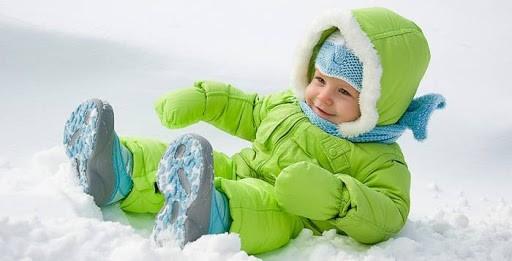 Безопасность ребенка зимой: о чем стоит помнить родителям?