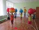 Игры малой подвижности с фитболом для детей